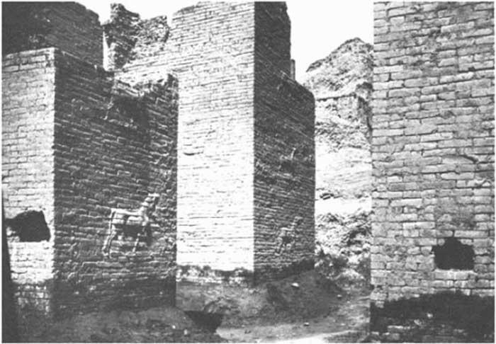 excavations-of-the-ishtar-gate