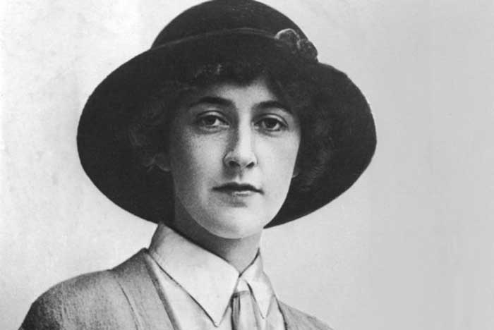 Agatha Christie - Young