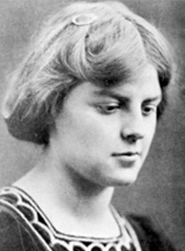 Rosamund Bland