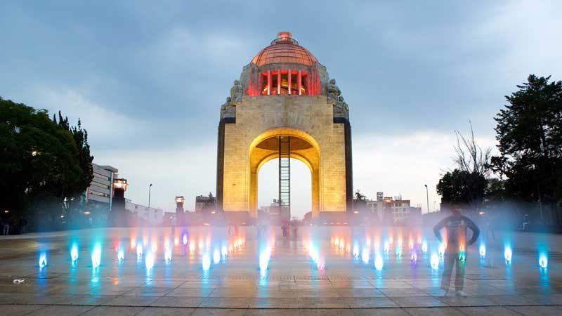 Arch Of The Revolution In Mexico City