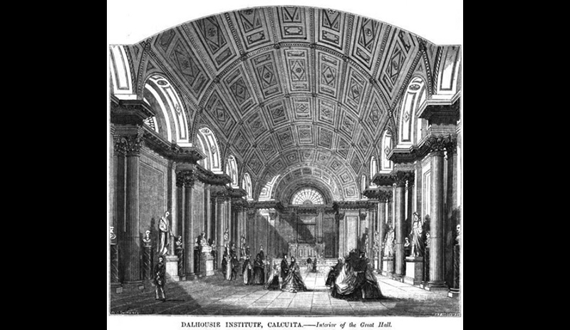 The grand hall with the vaulted ceiling and the lunettes