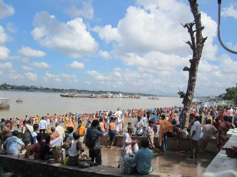 Babu Ghat on the day of Mahalaya