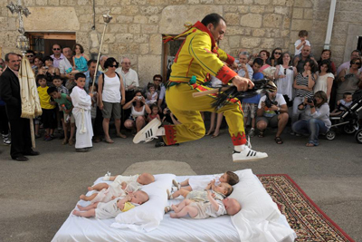 Baby Jumping Spain