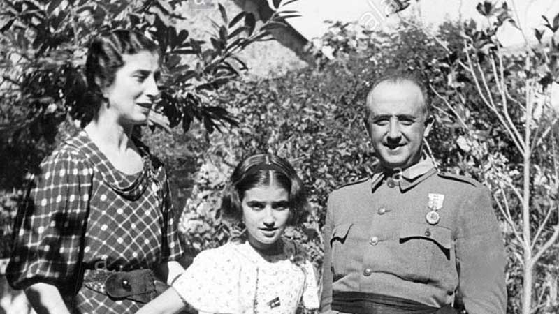General Franco with his daughter