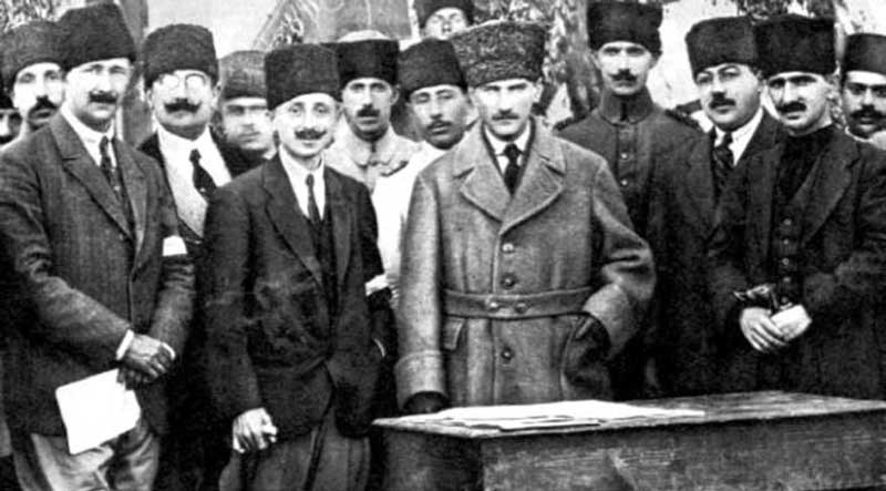Ataturk with young Turks - 19 May 1919