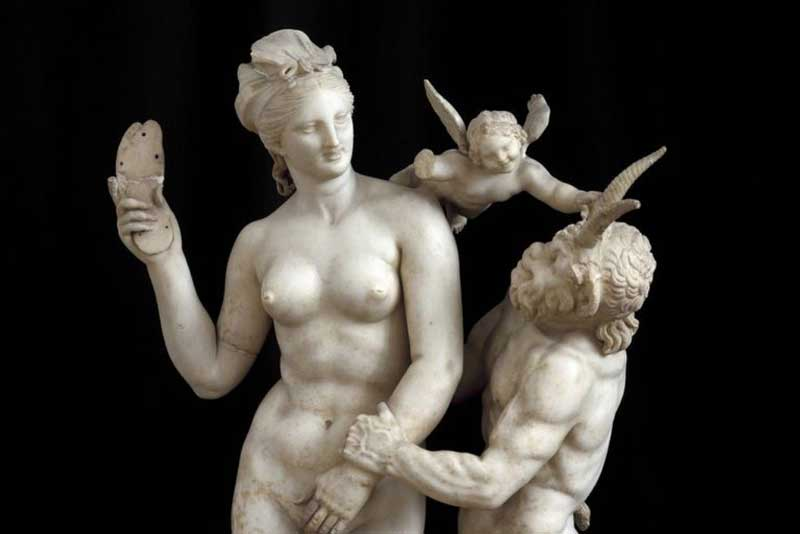 Pan persisting Aphrodite for sex