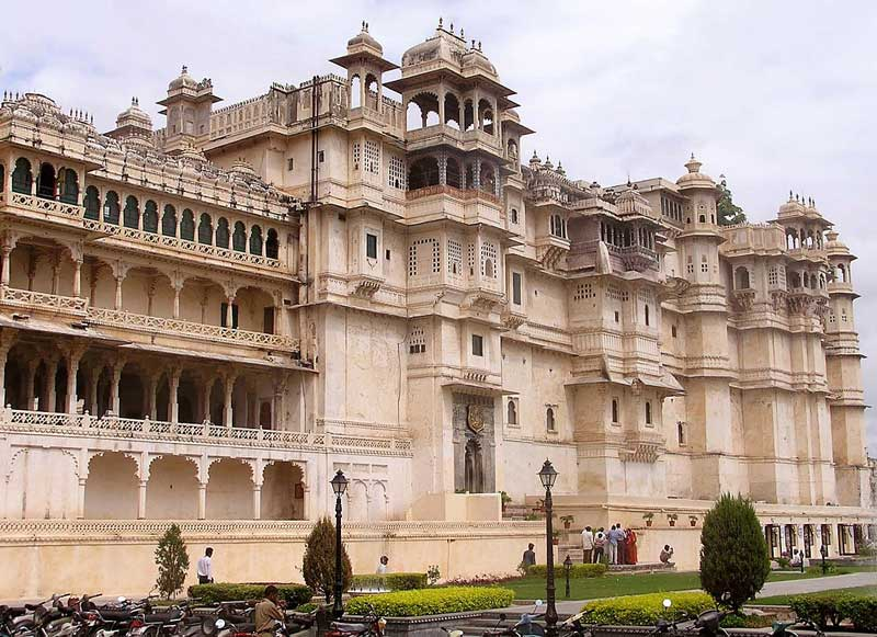 city palace udaipur india