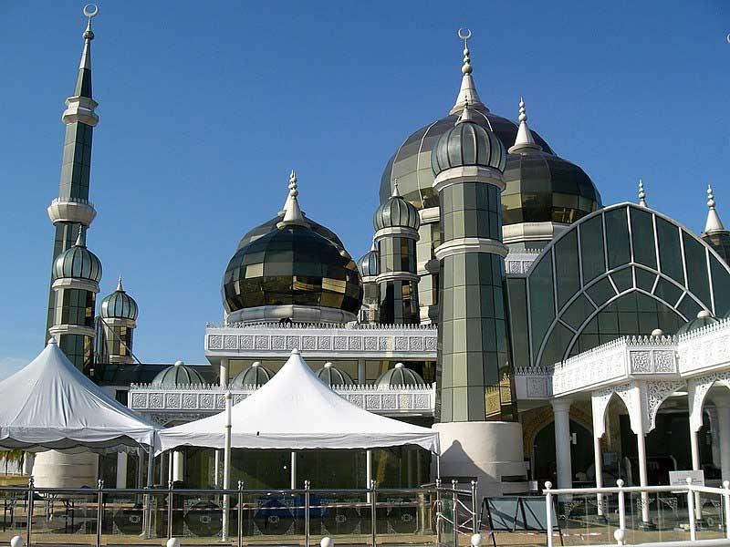 crystal mosque terengganu malaysia