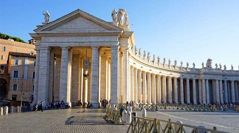 piazza san pietro vatican city italy